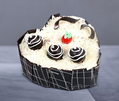 White Forest Choco Cake